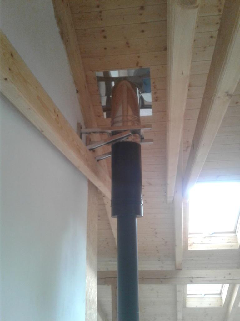 svislý kouřovod-dřevostavba-KOMINEX